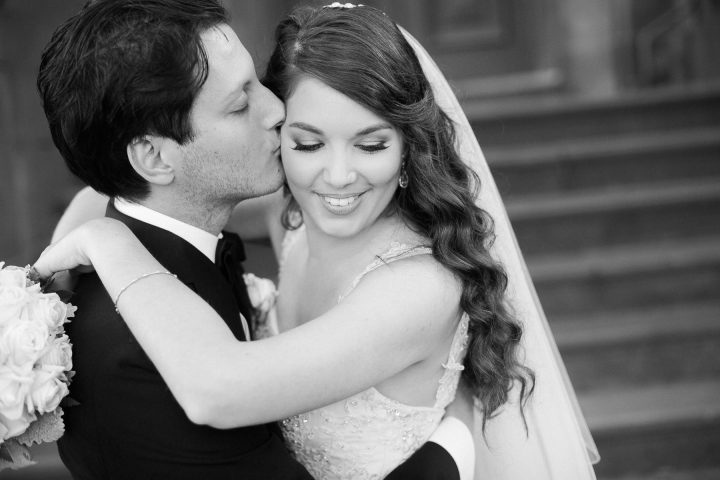 Wedding at Carousel Albert Park lovers